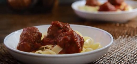Slow Cooker Recipes – How to Make Easy Slow Cooker Meatballs